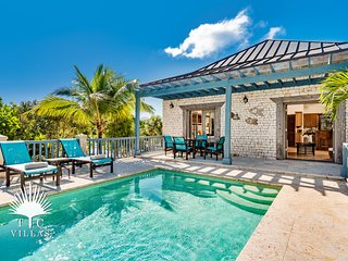 Coriander Cottage, a 1BR villa on Grace Bay Beach with great snorkeling