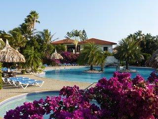 Tropisch appartement in Resort Seru Coral