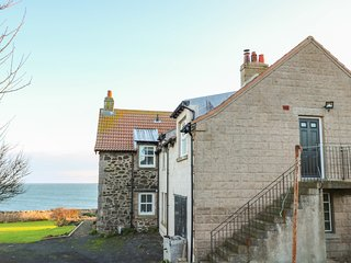 THE REST, pet-friendly, sea views, St Abbs