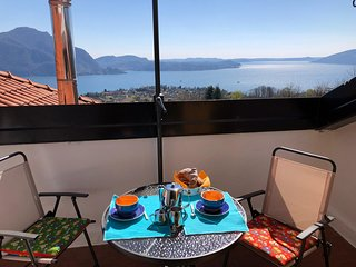 Edith apartment in panoramic postion with lake view over Verbania