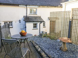CARPENTERS COTTAGE, pet-friendly, WiFi, near Launceston
