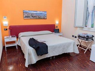 B&B Palazzo Carafa della Spina - Camera Vesuvio