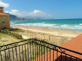 Plaja Beach House 2
