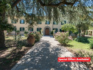 Villa Ivana - Exclusive Luxury Tuscan Villa in Cortona - Italy