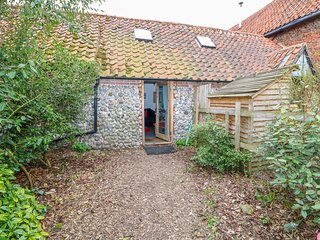 Barnacle Barn, Roughton, pet friendly