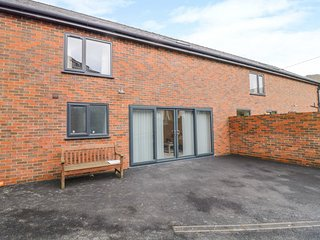7evern * Porth Farm, barn conversion, WiFi, near Caersws