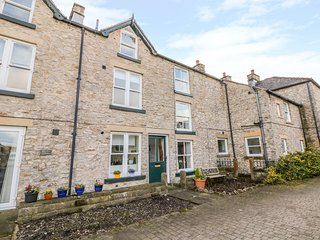 THE DISPENSARY, Pet-friendly, WiFi, Off-road parking, Bradwell