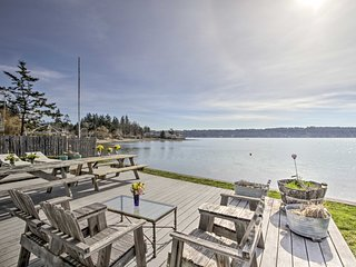 NEW! Belfair Cabin w/ Deck+Fire Pit on Puget Sound