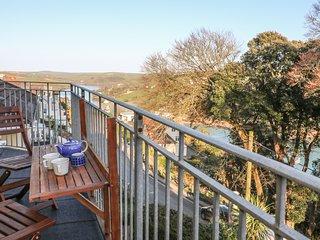3 MELBURY, WiFi, coastal views, in Salcombe