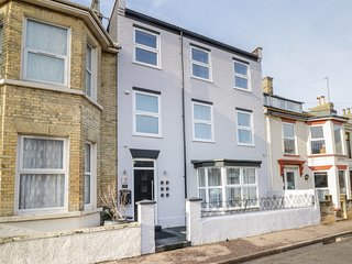 THE COAST, en-suite, close to beach, in Great Yarmouth
