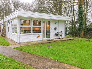 FREEDOM, open-plan, near Pembrokeshire Coast, Roch