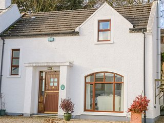 COTTAGE 2, Pet-friendly, electric fire, WiFi, Portrush