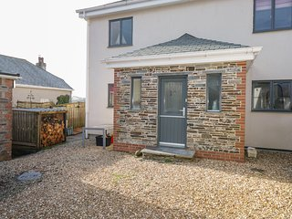 VALLEY VIEW, dog friendly, WiFi, Camelford