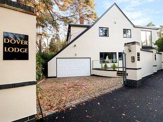 DOVER CLOSE, Spacious interior, Open-plan living, Poole
