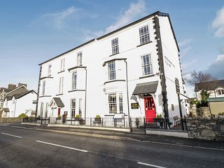 THE MEADOWSWEET APARTMENT, WiFi, pet-friendly in Llanrwst