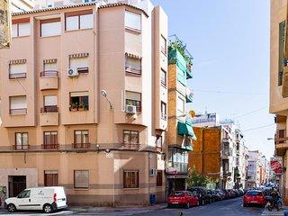 Jonás 1: Apartamento tranquilo, bien comunicado y próximo al centro