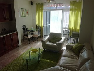 2 bed town house in Ciudad Quesada with 2 sun terraces and built in BBQ