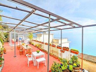 Castiglione Villa Sleeps 2 with Air Con and WiFi - 5783020