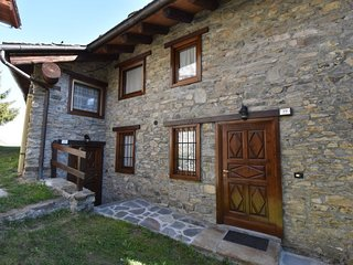 2 bedroom Apartment in Touraz, Aosta Valley, Italy - 5054615