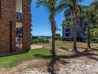 Apanie, Unit 3/12 Kurrawa Close,