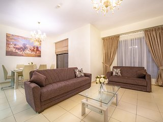 Spectacular 1BR apartment with Marina View & 3 mins walk to the Jumeirah Beach