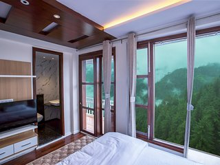 2 BHK HolidayInHomestay - Claridges Residency, Shimla