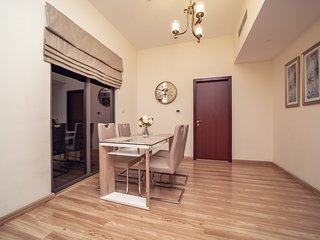 Lovely & Efficient 1BR apartment, 3 mins walk to the Jumeirah Beach with Marina