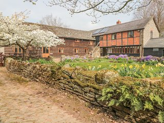 THE GRANARY, woodburner, WiFi, near Eardisley