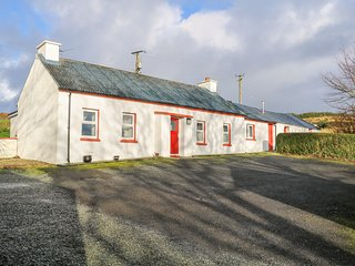 BARNEY'S LODGE, dog-friendly, WiFi, Malin