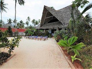 Noah front sea villa Kiwengwa Zanzibar