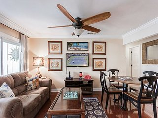Central Destin Condo- 5 Pools, 3 Hot Tubs, Beach Access & Free 9-Hole Golf