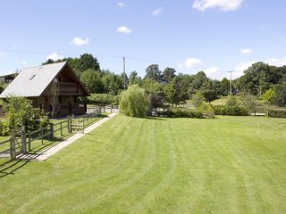 Willow Lodge at Whistley Farm Holiday Accommodation & Fishing Lakes