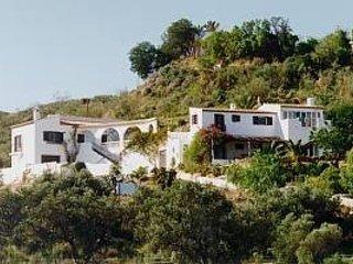 Casa Mchana 5 Bedrooms /  VTAR/AL/00223, aluguéis de temporada em Alfaix
