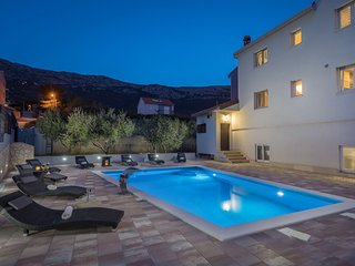 Villa Navigare with Swimming Pool