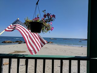 Beach House for up to 10 on Minot Beach in Scituate, MA!