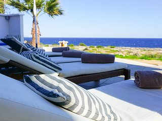 Sea Front Nireas 9 - Modern Luxury Sea Front Villa with Panoramic Views