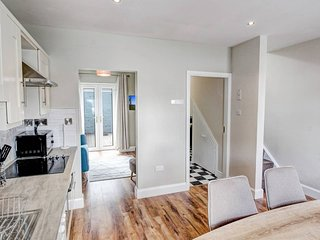 GORGEOUS home in the heart of Galway City - Sleeps 6