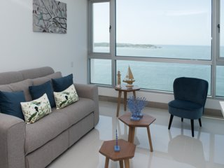 Charming 1 BR Sunset Apartment on the Beach