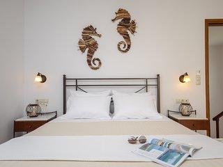 GLARONISSI BEACH (2-Bedroom Apartment)