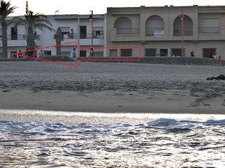 Apto. 1ª Linea de Playa con WIFI en CARBONERAS