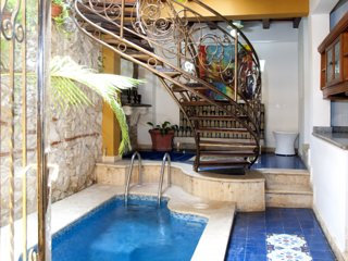 Beautiful Old City 6 Bedroom House
