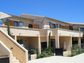 Appartement Douillet + Piscine exterieure   A 4km du village