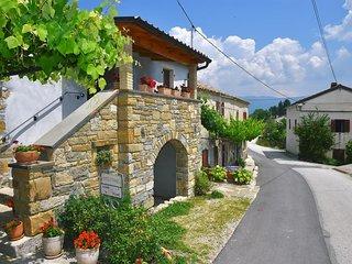 Three bedroom house Paz (Central Istria - Sredisnja Istra) (K-16623)