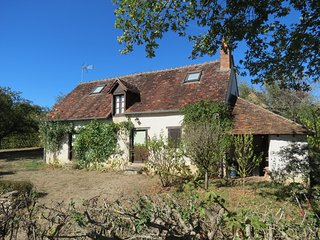 La Maison des Vignes, detached house set in just over half an acre of gardens