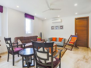 Plush 2-BR apartment for 6, ideal for a family