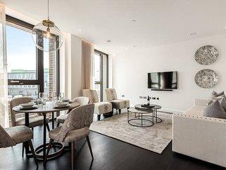 Luxurious 2 Bedroom Apartment with Winter Garden