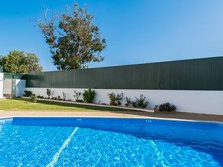 Cisco Yellow Apartment, Oura, Albufeira