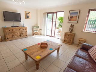 Oyster Cottage Braunton | Sleeps 6 | Dog Friendly