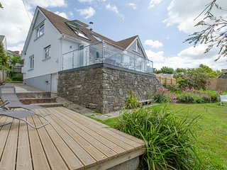 Rooftops Braunton | 4 Bed / Sleeps 8 | Beautiful Views
