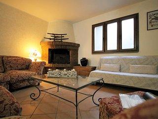 ITA2501 House Leo - San Vincenzo
